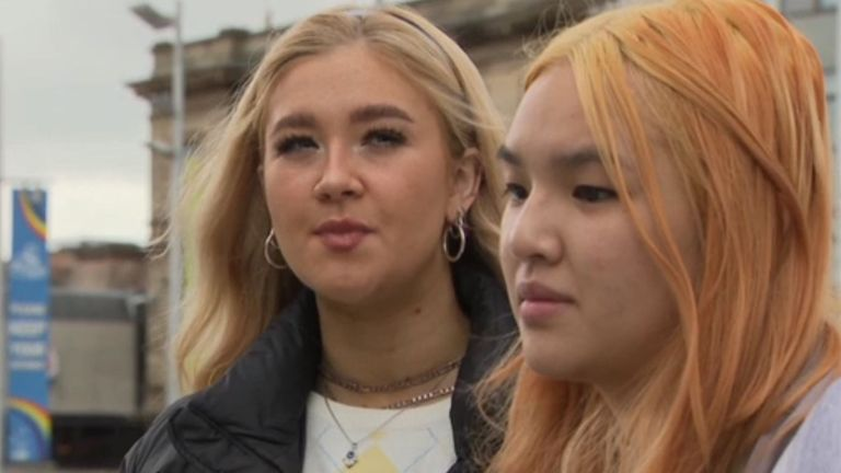 Kayleigh Lieu (front girl) says more Nottingham students are getting  frustratedwith COVID-19 rules. Pic: Sky News